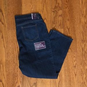 Gloria Vanderbilt Amanda jeans size 18 short new